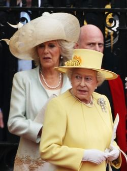 144738_camilla-duchess-of-cornwall-and-queen-elizabeth-ii-depart-for-a-procession-to-buckingham-palace-foll